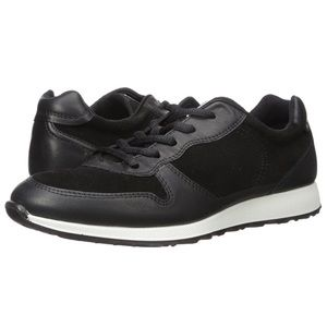 Ecco sneakers, size 9